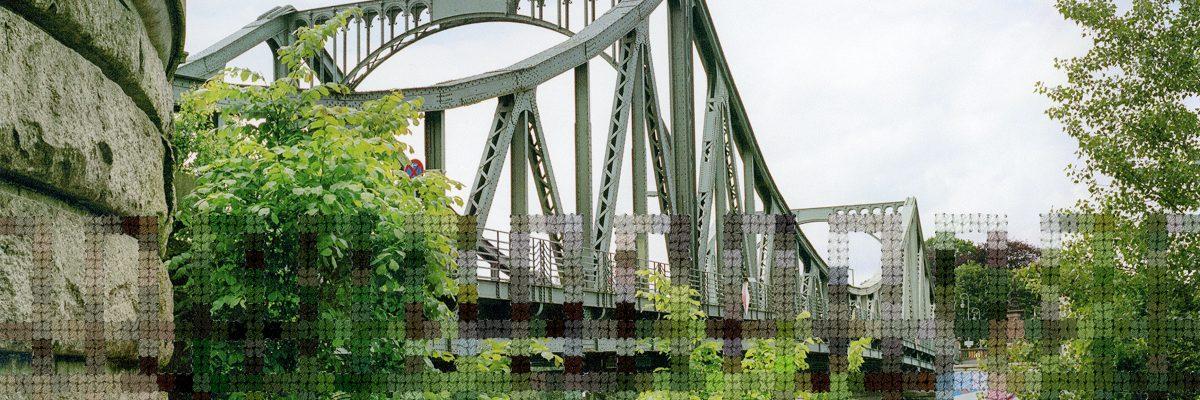 25_Glienicke_Bridge cropped
